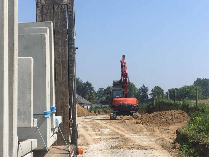 Feys-Schouppe grondwerken en keerwanden plaatsen